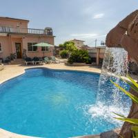 Premium Holiday Home in El Vendrell with Swimming Pool