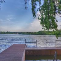 By the lake Villa Snagov, hotel in Snagov