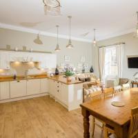 Lauderdale Apartment - UK30765