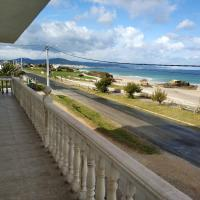 Apartment with 2 bedrooms in Barreiros with wonderful sea view furnished balcony and WiFi