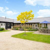 Deluxe Cotswolds Family Home in Oxfordshire