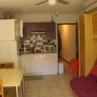 Apartment with one bedroom in Agde with furnished terrace 1 km from the beach