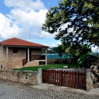 House with 2 bedrooms in Parada with wonderful mountain view enclosed garden and WiFi 22 km from the beach