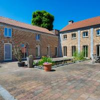 Charming Holiday Home in Geetbets with Terrace, hotel in Geetbets
