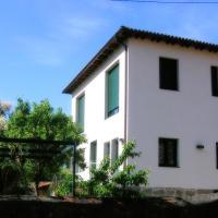 Casa Rectoral de Belesar, hotel in Chantada