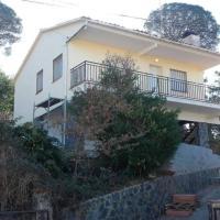 Casa tranquila para 8-10 persona con jardín y barbacoa