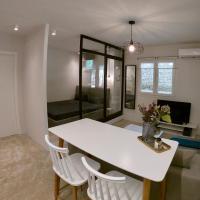 Renovated apartment in Kifissia Center near Metro G25