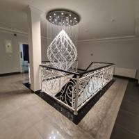 Diamond, hotel in Nin