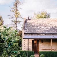 Hawthorn Villa Stables