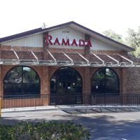 Ramada by Wyndham Temple Terrace/Tampa North, hotel in Tampa