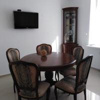 Апартаменты ЖК Алтынай, отель в Якты-Куле