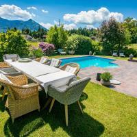 Wiesengut , alleinstehende, deteched, austrian style, villa mit Pool, hotel in Adnet