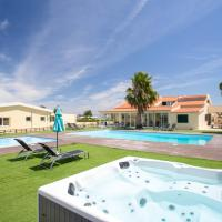 Villa with 10 bedrooms in Palmela with private pool enclosed garden and WiFi 23 km from the beach, hotel in Palmela