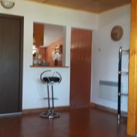 Casa Melania, hotel in Eşelniţa