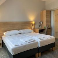 Kis Szieszta panzió, hotel in Balatonboglár
