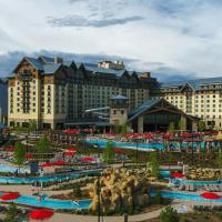 Gaylord Rockies Resort & Convention Center, hotel near Denver International Airport - DEN, Aurora