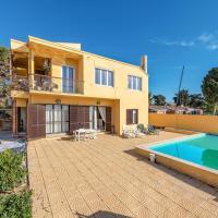 Villa sul mare con piscina privata