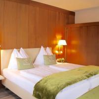 Hotel Montana, hotel in Telfes im Stubai