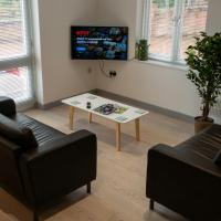 Fantastic Modern House with Roof Terrace!, hotel in Ironbridge