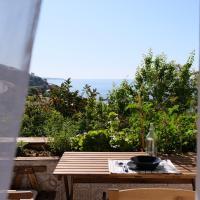 Rosalia's apartments, hotell i Castel di Tusa