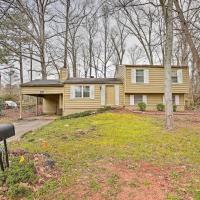 Quiet and Convenient Home 6 Mi to Stone Mtn!