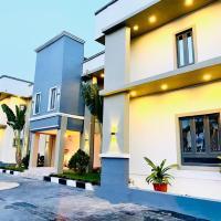 MayFair Hotel Maitama Abuja، فندق في أبوجا