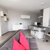 Charming apartment quiet hotel service