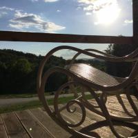 Marzeniec w Beskidzie Niskim, hotel in Wapienne