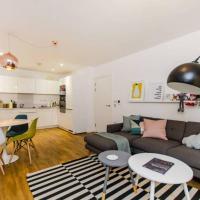 Scandi 2 bedroom flat in Greenwich / O2 Arena