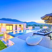 Villa Solaris Heated Pool & Jacuzzi