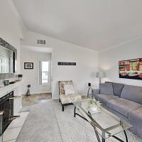 Monarch Vista: Updated Retreat w/ Pool & Spa condo