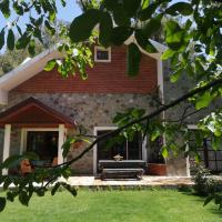 Villa Efrosyni by AgroHolidays, hotel in Platres