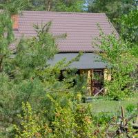 Dom nad jeziorem wśród lasów – hotel w mieście Lipnica