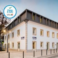 Hostel Conii & Suites Algarve, hotel in Quarteira
