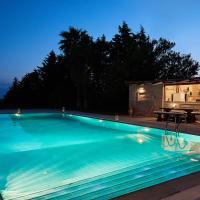 Flyin' High Luxury Suite, hotel in Aghia Marina