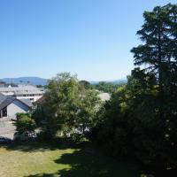 BOURGET DU LAC , Agréable T2 42m2 centre ville, hotel near Chambéry-Savoie Airport - CMF, Le Bourget-du-Lac