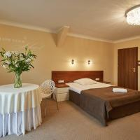 Hotel Melodia ***, hotel in Buk