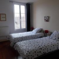 maison aux portes de Chambord, hotel in Crouy-sur-Cosson