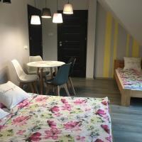 Pokoje ArkaSasino z sauną ogrodową – hotel w Sasinie