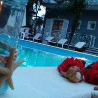 Sun Helios Garden, hotel in Limenas