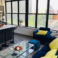 Luxury corner apartment in Downtown Chicago