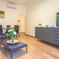Flora Apartment