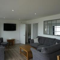Deluxe Lundy View Villa With Sea Views