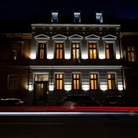 CASA CHITIC - HOTEL & RESTAURANT- Str Nicolae Balcescu 13, hotel din Brașov