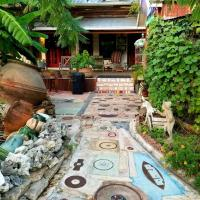 Bediko's International Retreat, hotel in Round Top