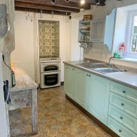 Vine Cottage - UKC4237