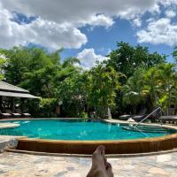 Baan Chai Thung Resort، فندق في دوي ساكيت