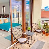 Sunny Deluxe Apt. & Terrace