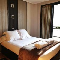 Apartamento dúplex de lujo Golf Rioja Alta, hotel in Cirueña