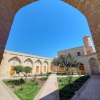 madrasah Polvon-Qori boutique, hotel in Khiva